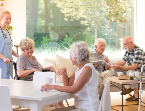 How Memory Care For Dementia/Alzheimer's Differ From Assisted Living